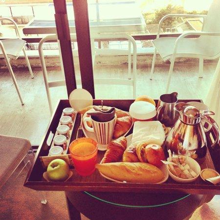 Hôtel Barrière Le Gray d'Albion: Petit déjeuné en chambre, excellent !