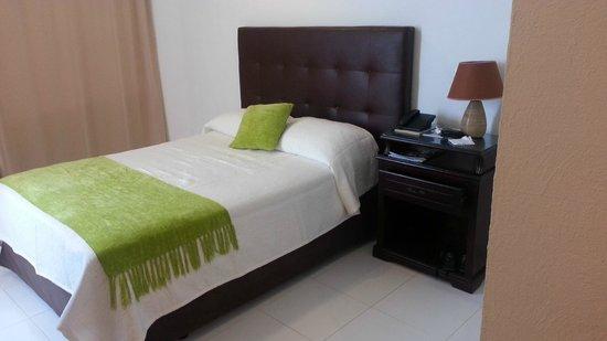 Hotel Calypso: Habitacion