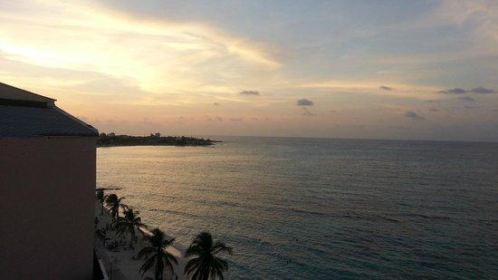 Hotel Calypso: vista atardecer