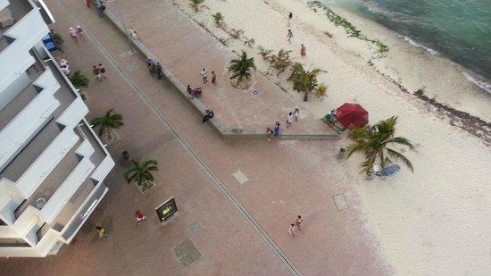 Hotel Calypso: Bulevar peatonal