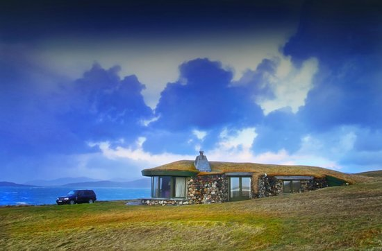 Blue Reef Cottages: Sea all around ...
