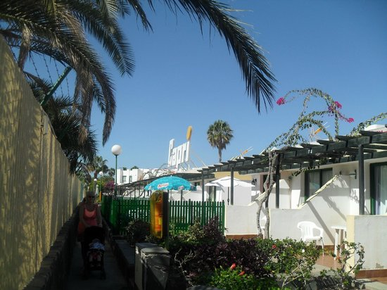 Capri Bungalows: picture from outside bungalows