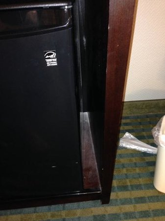 Holiday Inn Express Cape Coral/Fort Myers Area: White powder found the next day