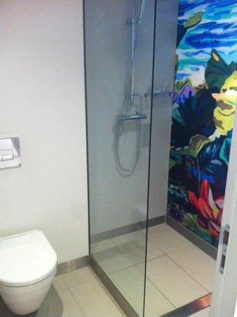 art'otel cologne: Badezimmer