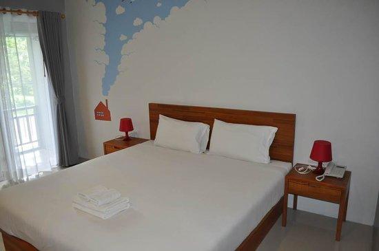 Ao Nang Miti Resort: Cama cómoda