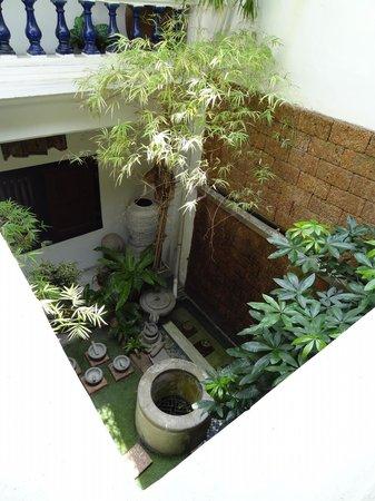Courtyard @ Heeren Boutique Hotel : Patio