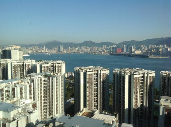EAST Hong Kong: view of the harbour from a harbour view room