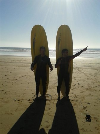 Cli Surf Morocco: Surfing