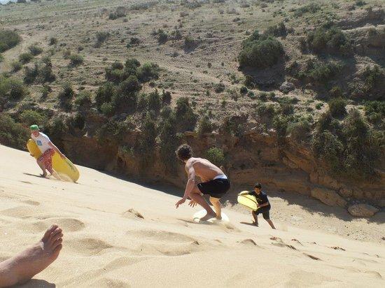 Cli Surf Morocco: Sandboard