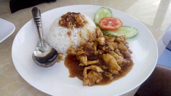 Ao Nang Boat Noodle : Desayunos asiáticos a buen precio