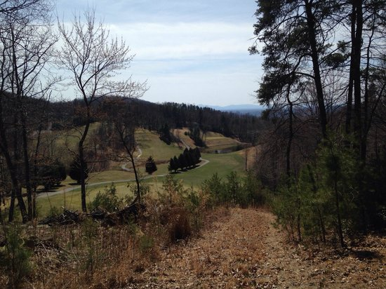 Overlooking hole #6