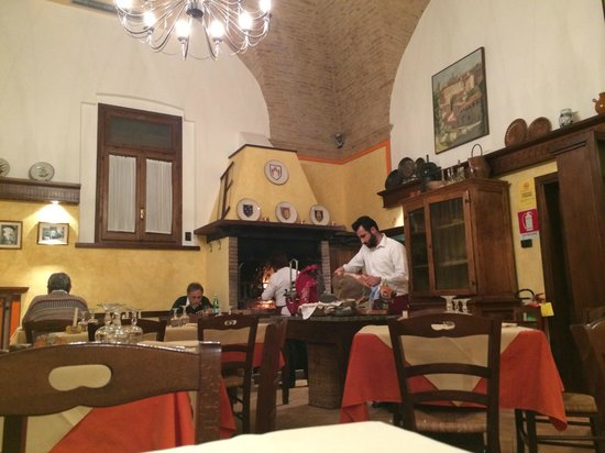 Trattoria da Erminio: warm, family atmosphere
