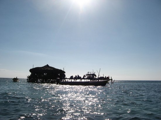 Floyd's Pelican Bar: in the middle of the water