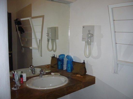 Garoda Resort: bagno
