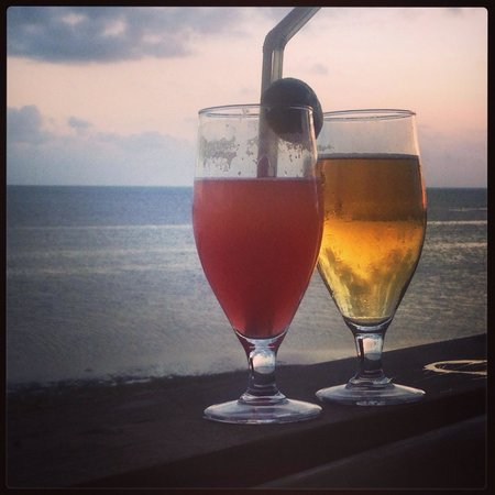 Fumba Beach Lodge : Cocktails by the beach