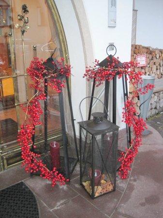 Hotel Flora : Festive decorations