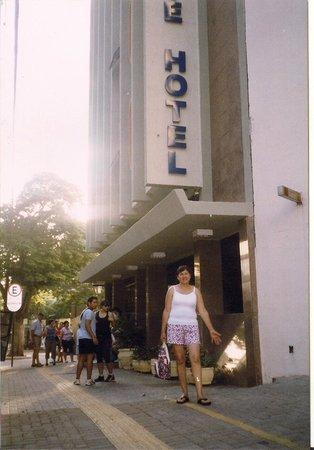 Foz Presidente Hotel: Entrada del hotel