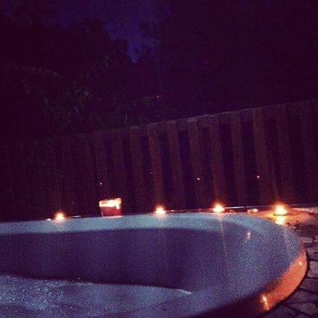 Rangimarie Bush Retreat: Outdoor Bush Bath