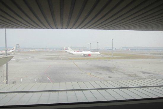 Sama-Sama Express KL International Airport : View from the room