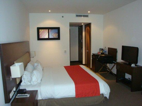 Holiday Inn Express Bogota: Habitacion