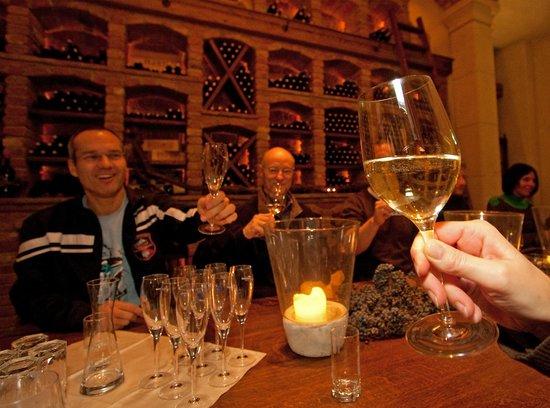 Weinkeller, Wedelhütte
