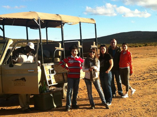 Aquila Private Game Reserve: Stop for some food and sparkling wine