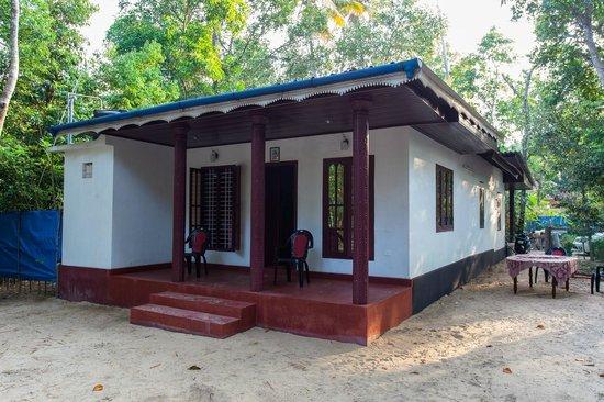 Marari Secret Beach Yoga Homestay: Room Entrance