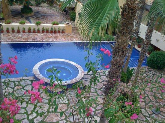 Los Patios Hotel: Habitaciones Con Vista A La Alberca