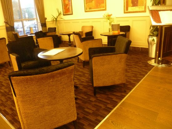 Grand Canal Hotel: Sala de recepción