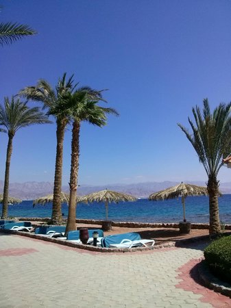 Taba Hotel and Nelson Village: пляж