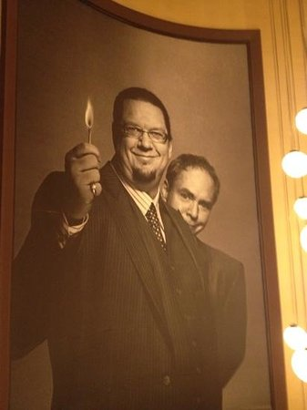 Penn & Teller : on the way in