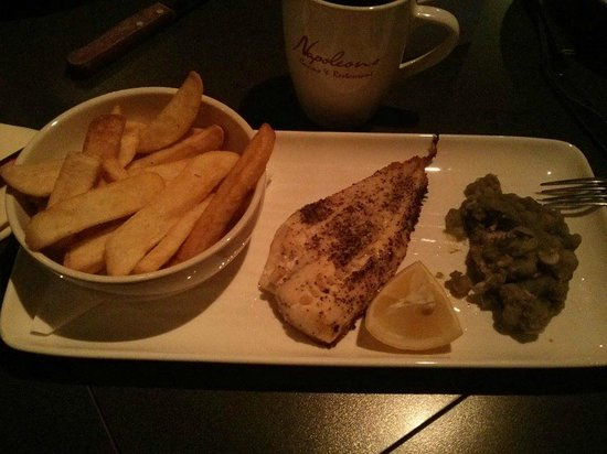 Napoleons Casino: grilled fish- very dry