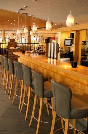 Naturhotel Waldklause: The bar