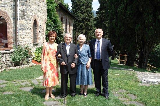Hotel Castello Di Casiglio: Foto nel giardino lato castello