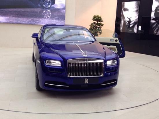 BMW Welt: Sim, tem até Rolls Royce