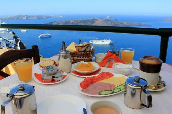 Villa Remvi: Petit déjeuner
