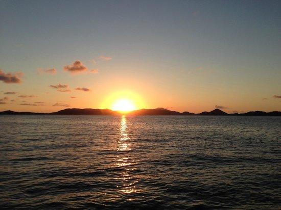 Kekoa Sailing Expeditions : sunset on Kekoa