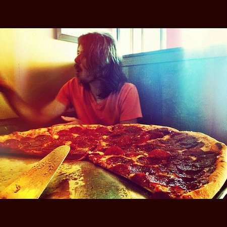 Five Points Pizza: Pepperoni