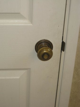Rosedale Inn: Door Hardware
