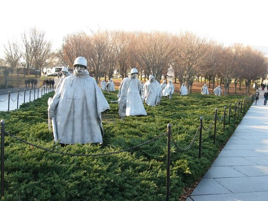 National Mall : Korean war memorial