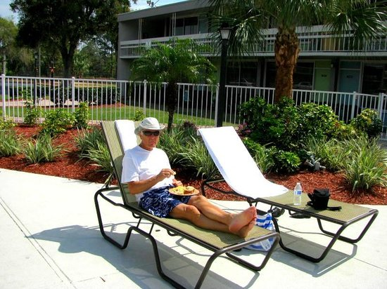 Champions World Resort: Great Lounging Areas.
