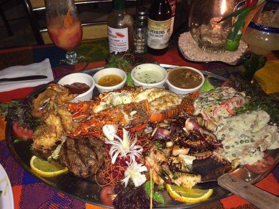 La Chatita Restaurant & Bar: Seafood Platter