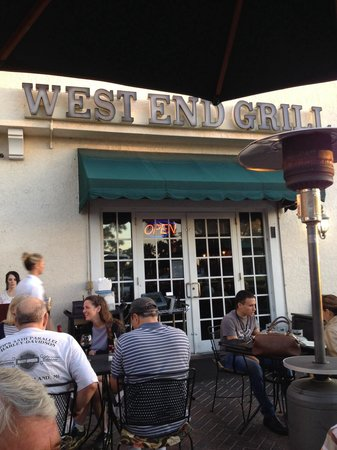 Outdoor dining at West End Grill