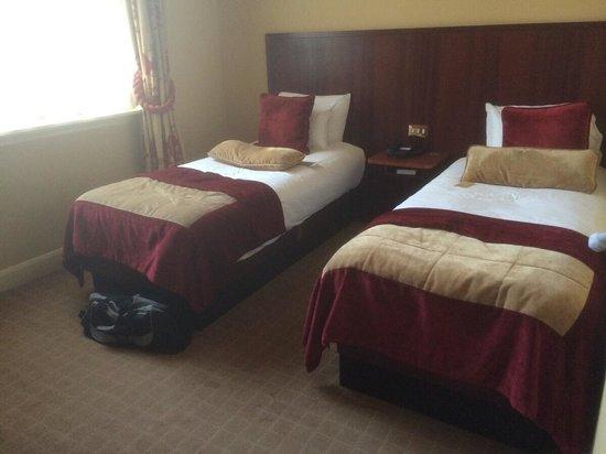 Radisson Blu Edwardian Mercer Street Hotel: Twin bedroom