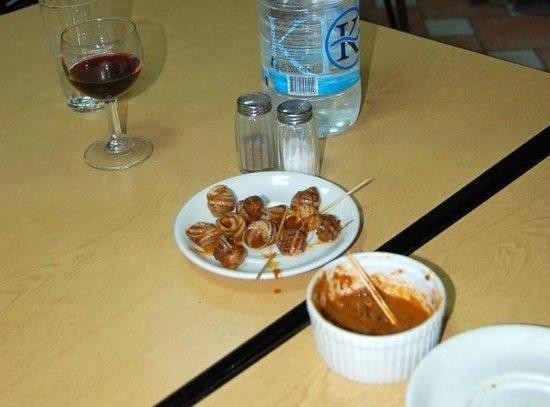 Mgarr Farmers Snack Bar: Helix pomatia