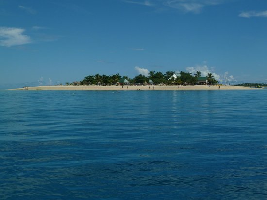 South Sea Island Accommodation: the island from the boat