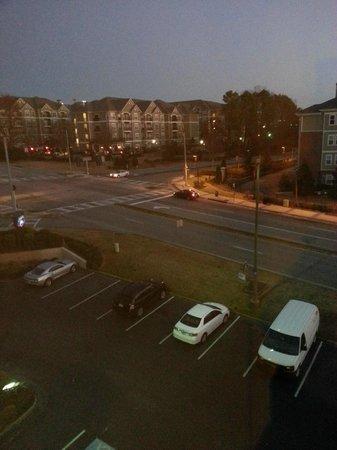 Hampton Inn Atlanta - Northlake: Вид из номера (5 этаж)