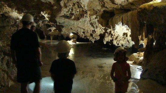 Aktun Chen: caves
