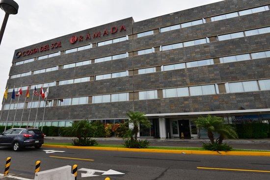 Wyndham Costa Del Sol Lima Airport: 外観