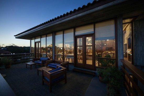 Il Belvedere: Club House